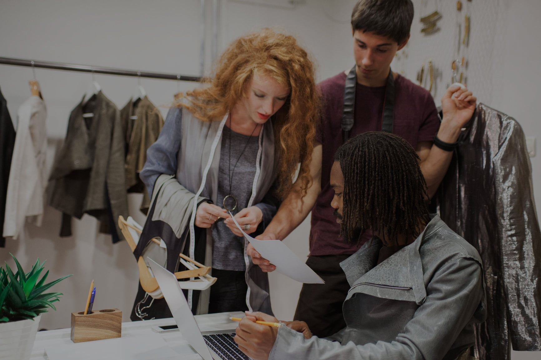 Fashion Business Careers Salaries How To Have A Career In Fashion